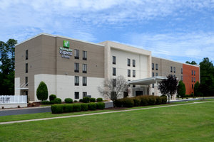 Holiday Inn Express Hotel & Suites I-40 Durham