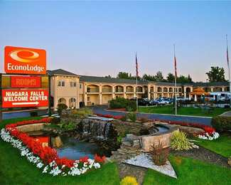 Econo Lodge at the Falls North Niagara Falls