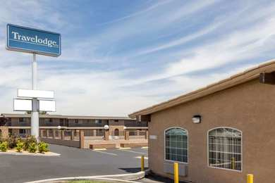 Hotels motels near apple valley ca see all discounts for Affordable furniture victorville ca
