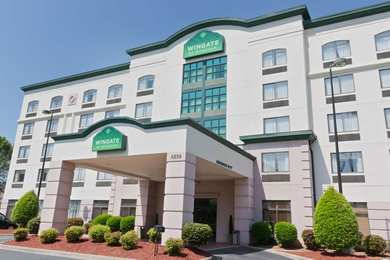 Wingate by Wyndham Hotel Charlotte Airport