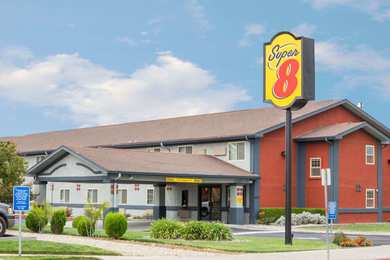 Super 8 Hotel Willows