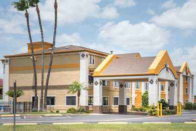 Super 8 Hotel Harlingen