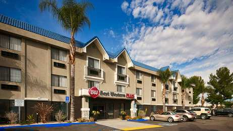 Best Western Plus Diamond Valley Inn Hemet