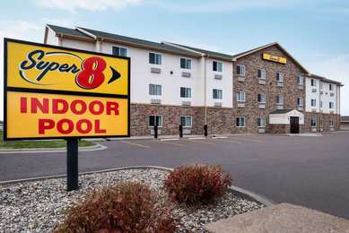 Super 8 Hotel East Sioux Falls