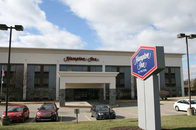 Hampton Inn North Youngstown