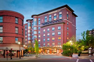 Courtyard by Marriott Hotel Brookline