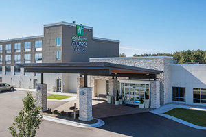 Holiday Inn Express Hotel & Suites Ludington