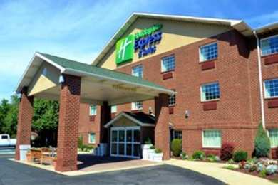 Holiday Inn Express Hotel & Suites Monaca