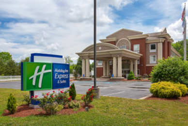 Holiday Inn Express Hotel & Suites Murphy