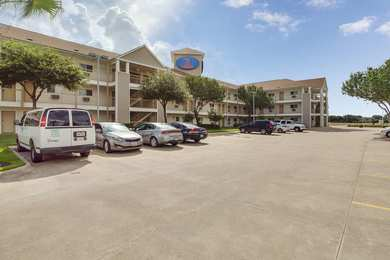 Studio 6 Suites Clear Lake Houston