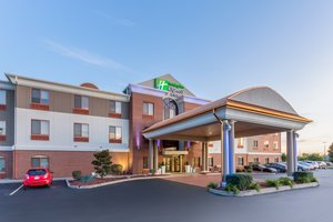 Holiday Inn Express Hotel & Suites Shiloh