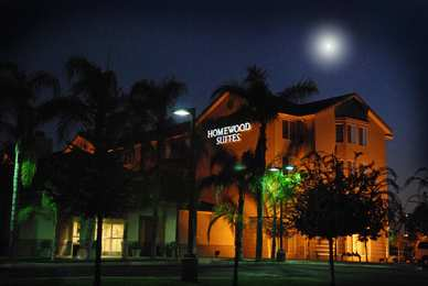 Hotels Near Cal State Bakersfield