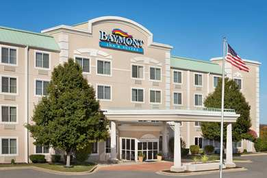 Baymont Inn & Suites St Robert