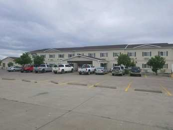 Marquis Plaza & Suites Williston