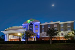 Holiday Inn Express Hotel & Suites Fairgrounds Tampa