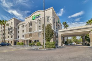 Holiday Inn Express Hotel & Suites Clearwater