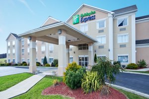 Holiday Inn Express Hotel & Suites New Milford