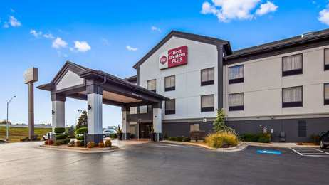Best Western Plus Midwest City Inn & Suites