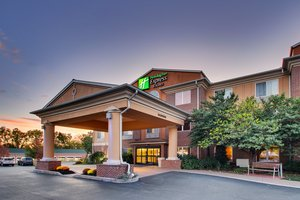 Holiday Inn Express Hotel & Suites Lititz