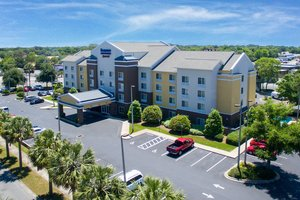 Fairfield Inn & Suites by Marriott Shalimar