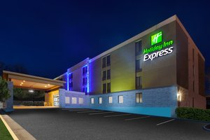 Holiday Inn Express Arlington Blvd Fairfax
