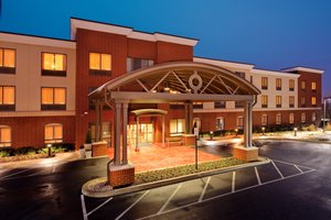 Holiday Inn Express Hotel & Suites Airport Bethlehem