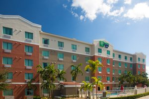 Holiday Inn Express Hotel & Suites Pembroke