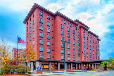 Hampton Inn & Suites Downtown Pittsburgh