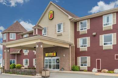 Super 8 Hotel Windsor