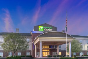Holiday Inn Express Hotel & Suites Radcliff