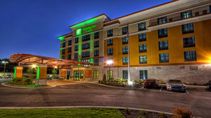 Holiday Inn Hotel & Suites North Tupelo