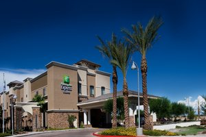 Holiday Inn Express Hotel & Suites Glendale