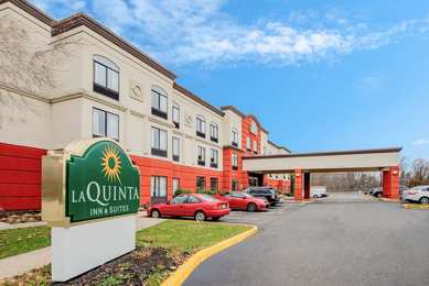 La Quinta Inn & Suites Mt Laurel