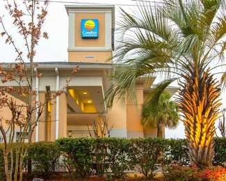 Comfort Inn & Suites Convention Center N. Chas