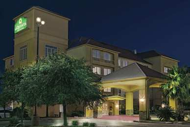 La Quinta Inn & Suites North Stone Oak San Antonio