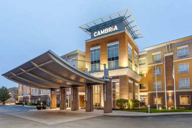 Cambria Suites Akron-Canton Airport Uniontown