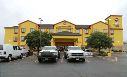 Best Western Plus Schulenburg Inn
