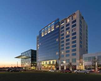 Hotel Arista at Citygate Centre Naperville