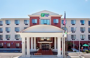 Holiday Inn Express Hotel & Suites Ocean Springs