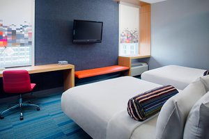Aloft Hotel Charlotte Uptown at the Epicentre