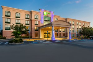 Holiday Inn Express Hotel & Suites Bradenton