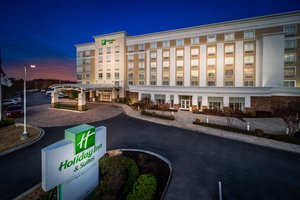 Holiday Inn Hotel & Suites Wolfchase