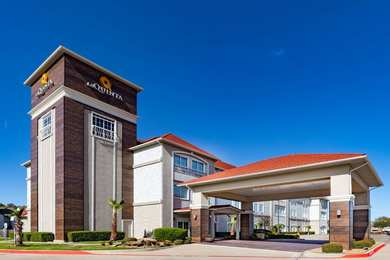 La Quinta Inn & Suites Harbor Point Garland