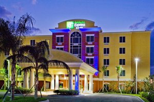 Holiday Inn Express Hotel & Suites Port St Lucie