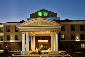 Holiday Inn Express Hotel & Suites Picayune