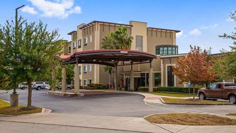 Best Western Plus Lackland Hotel & Suites San Antonio
