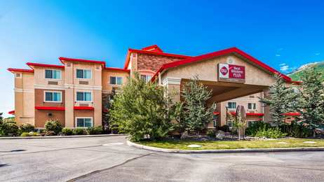 Best Western Plus Canyon Pines Inn Uintah