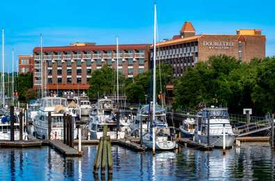 DoubleTree by Hilton Hotel Riverfront New Bern