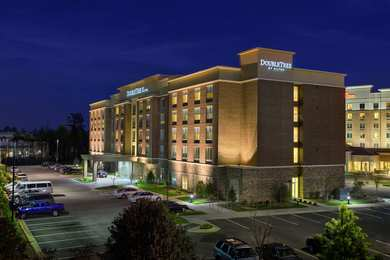 DoubleTree by Hilton Hotel Cary