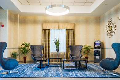 Holiday Inn Express Hotel & Suites Plainville
